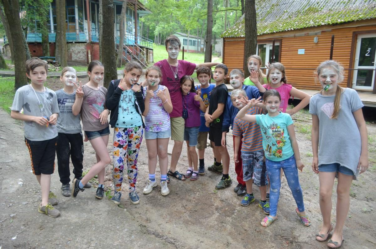 dzieki-remontom-i-doposazeniu-osrodka-romaszka-dzieci-moga-kreatywnie-spedzic-wakacje
