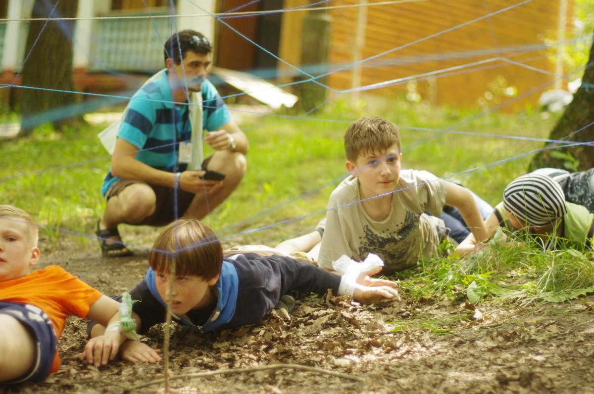 mlodzi-uchodzcy-z-donbasu-skorzystali-z-kolonii-oraz-pomocy-psychologicznej-w-osrodku-romaszka-pod-charkowem