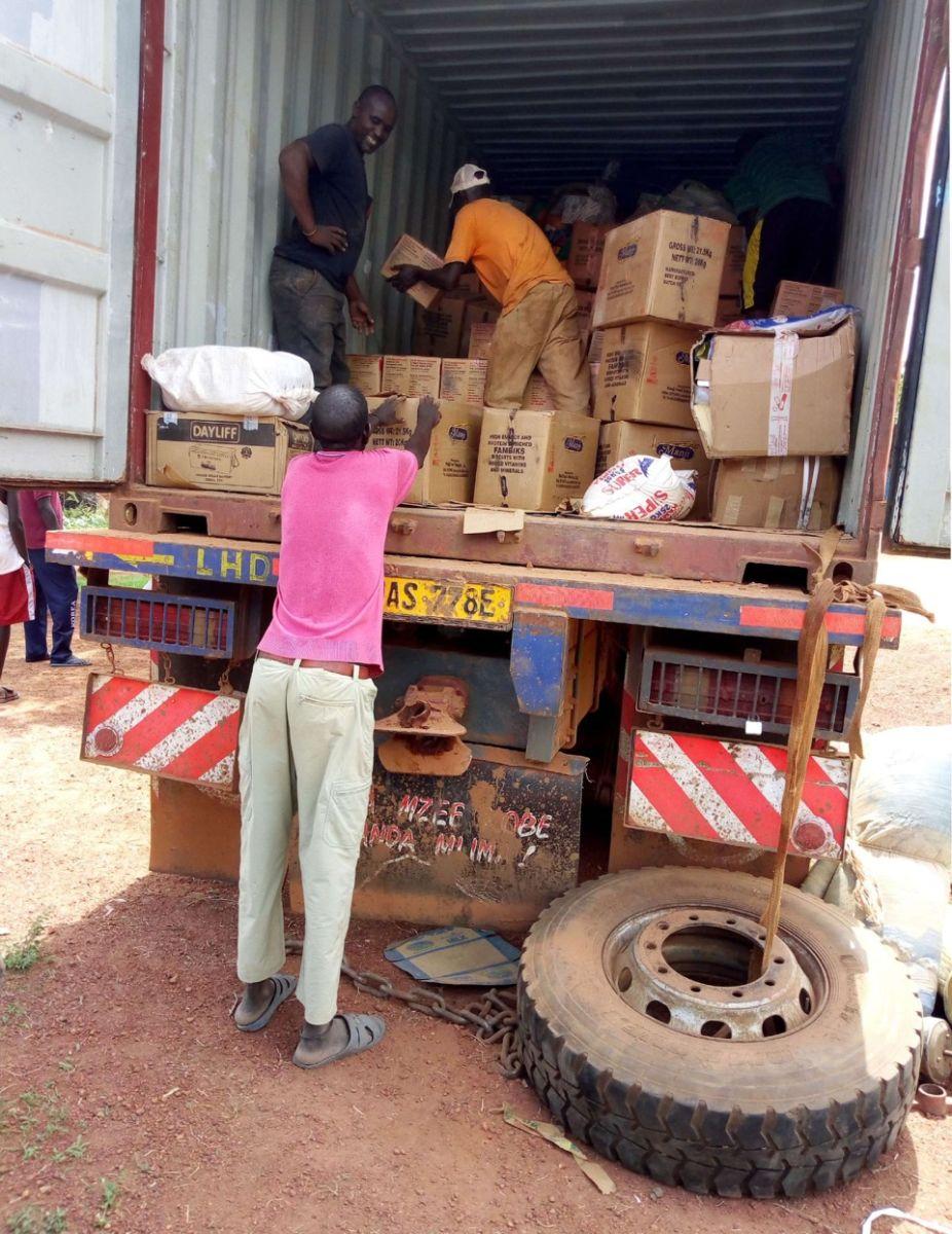Ciężarówka z żywnością w Sudanie Płd.